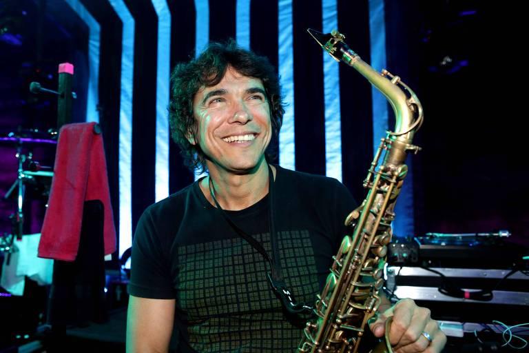 O saxofonista Milton Guedes se apresenta no projeto Portas Abertas