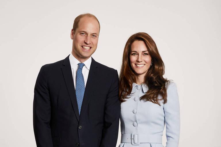 William, sucessor do trono britânico, Kate Middleton e os dois filhos, George e Charlotte