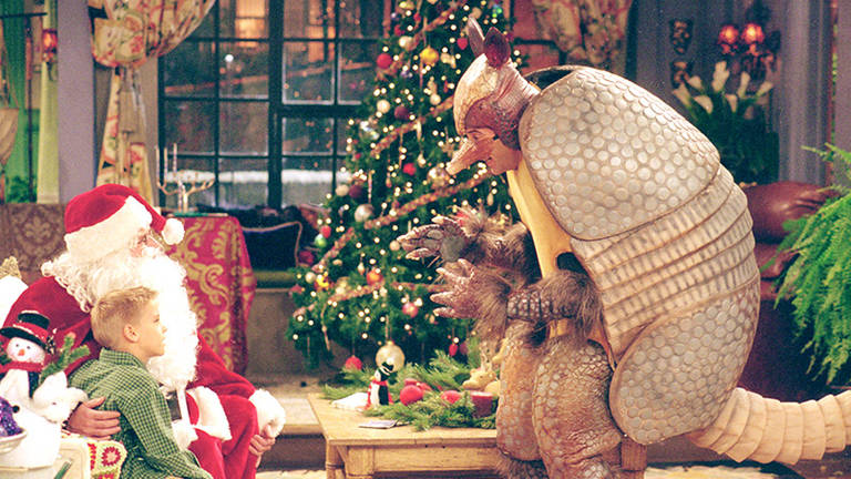 Cena do episódio 'The One With The Holiday Armadillo', de Friends