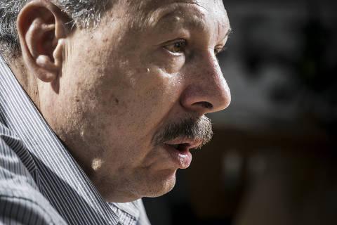 SÃO PAULO, SP, BRASIL, 14.12.2017 - O presidente eleito do Santos, José Carlos Peres, 69, durante entrevista à Folha em seu escritório em São Paulo (SP). (Foto: Keiny Andrade/Folhapress)