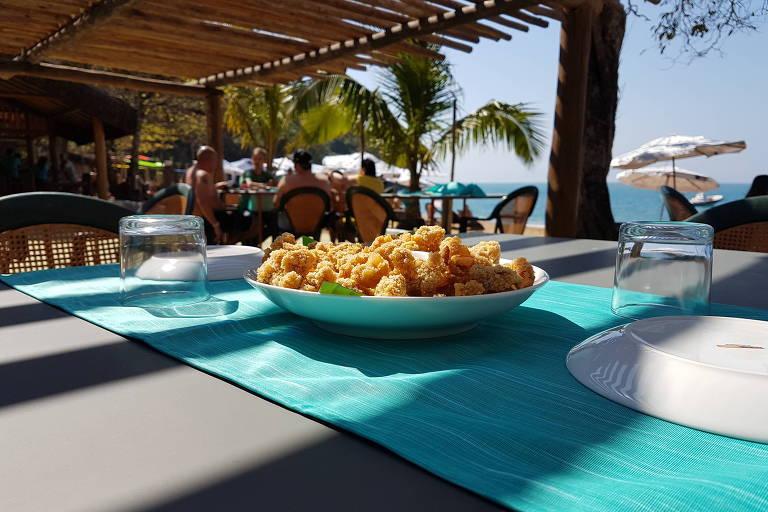 Extremo norte de Ilhabela ganhabar-restaurante Espaço Tangará