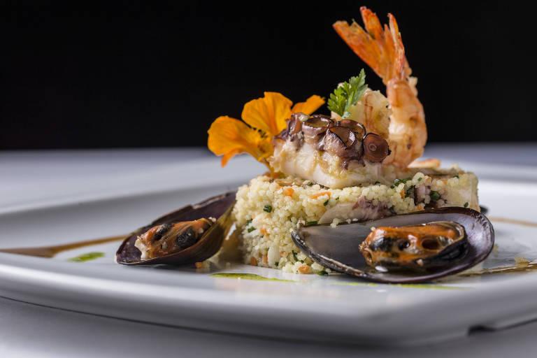 Cuscuz marroquino com frutos do mar do menu de Natal do Cantaloup - Ricardo  D Angelo Divulgação 1fbe043619817