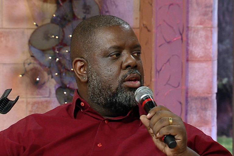 O cantor Péricles fala sobre racismo na RedeTV!