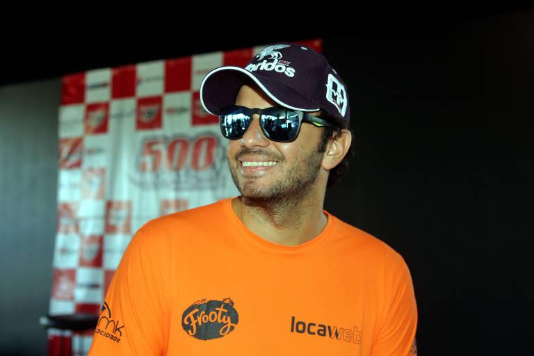 O piloto Tuka Rocha em evento em 2017