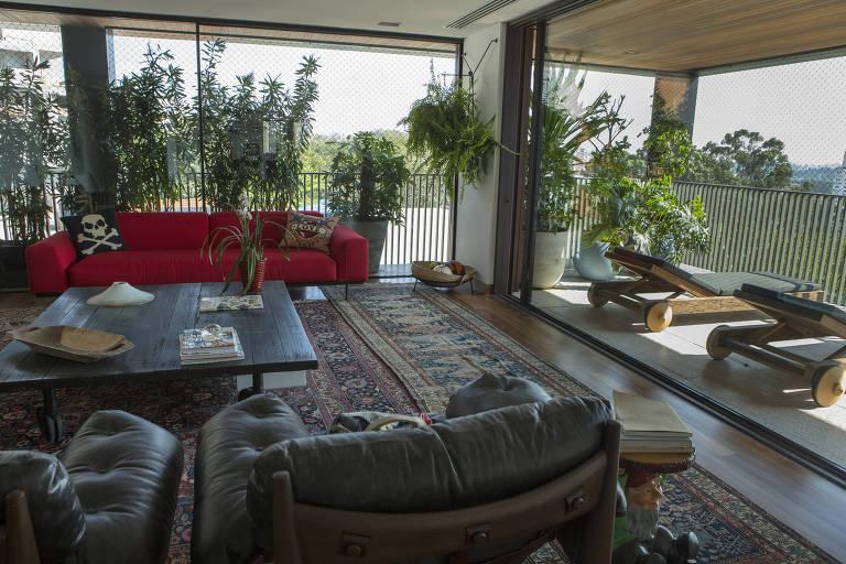 Recursos arquitetônicos e paisagísticos para refrescar a casa
