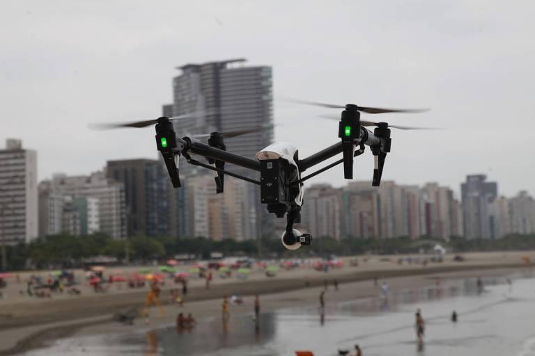 Drones patrulharão réveillon de Santos