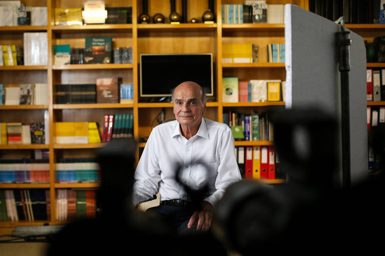 Drauzio Varella grava depoimento para documentário