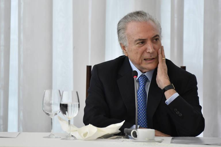 Bernardo Mello Franco: Café com bobagem