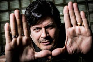 Retrato do cantor e compositor, Paulo Ricardo