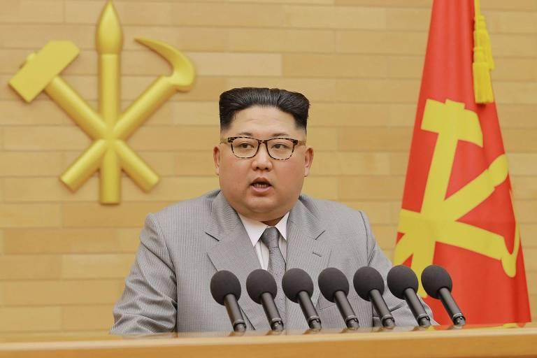 O ditador da Coreia do Norte Kim Jong Un faz discurso de Ano Novo