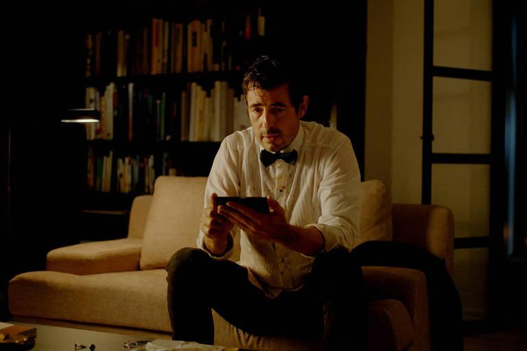 Claes Bang interpreta o curador Christian em 'The Square