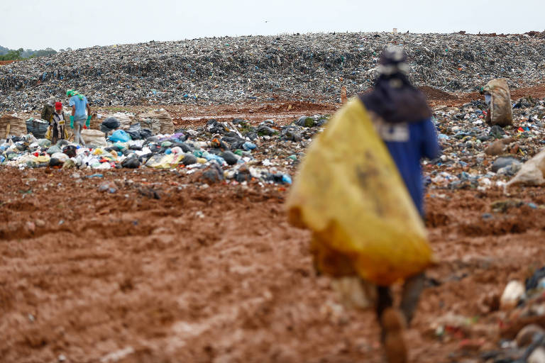Latin America Biggest Landfill Is Coming to an End