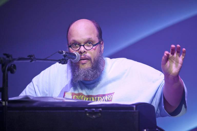 Ed Motta durante show em 2015