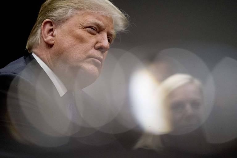 O presidente dos EUA, Donald Trump, participa de reunião com senadores republicanos na Casa Branca