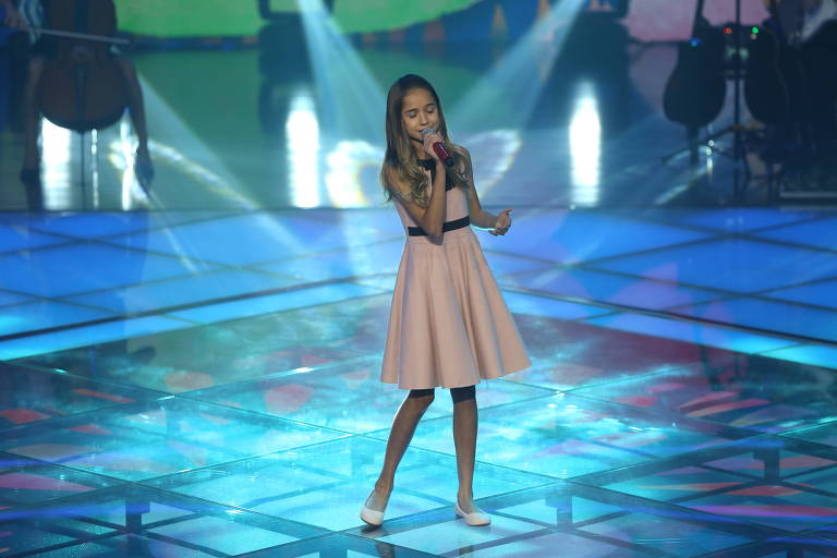 "Joyce Mendes se apresenta no ""The Voice Kids"" 2017"