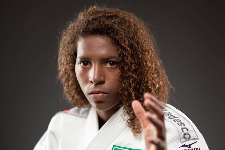 Medalhista de ouro na categoria até 57kg nos Jogos Olímpicos de 2016, a judoca participa de bate-papo sobre o esporte