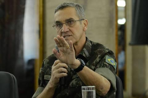 Comandante do Exército vê crescer importância da intervenção após crime