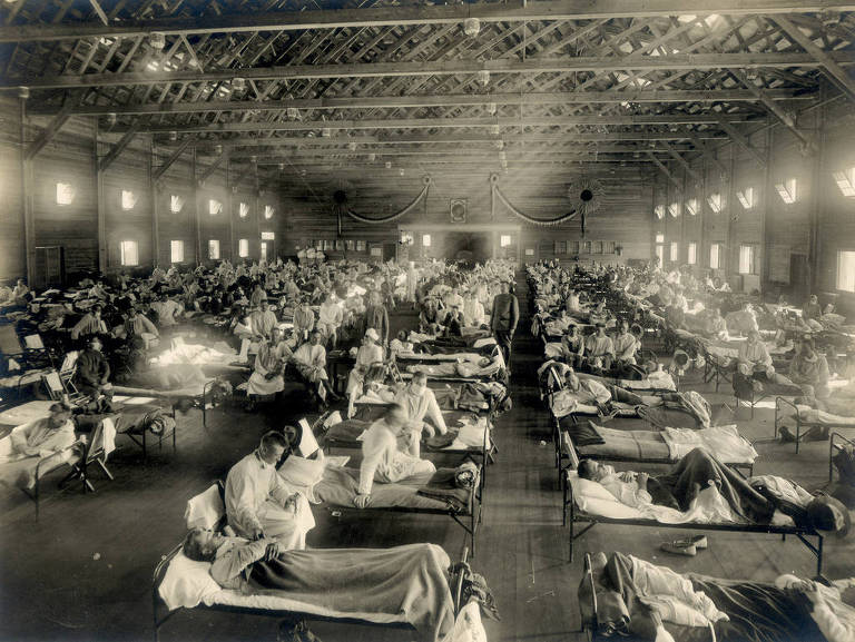 Pacientes da gripe espanhola, em 1918