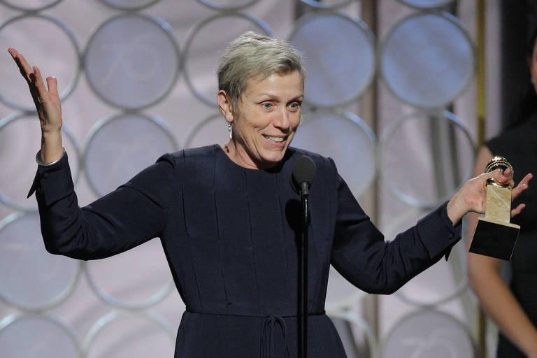 Frances McDormand aceitando o prêmio de melhor atriz em filme dramático por 'Três Anúncios Para um Crime'