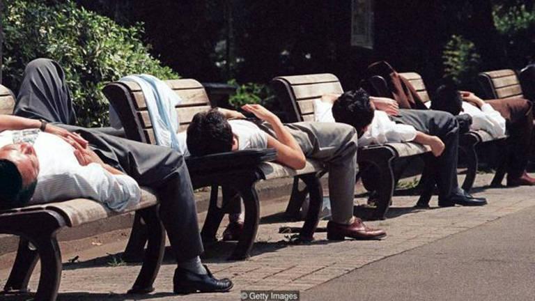 O trabalho excessivo é tão comum no Japão que as famílias de vítimas recebem indenização do governo
