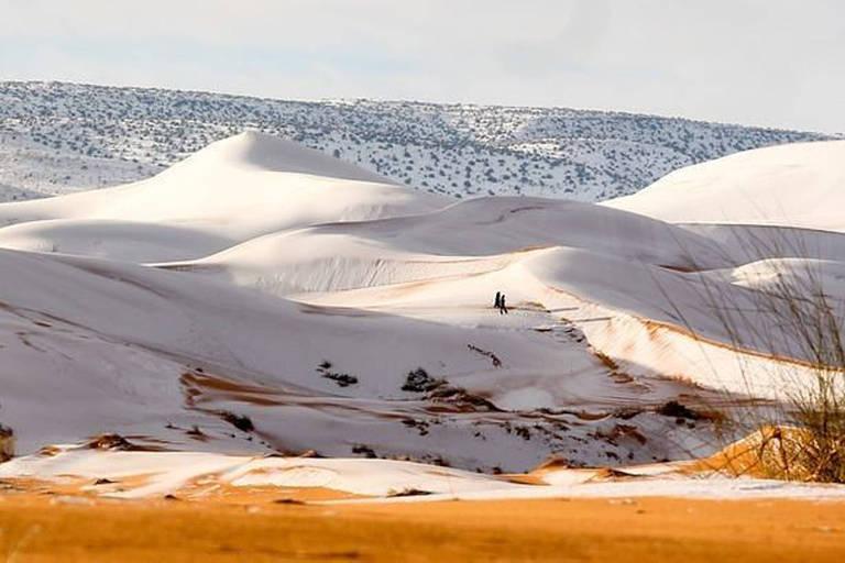 Deserto do Saara aparece coberto por neve