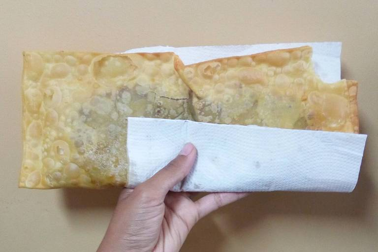 Pastéis de frango e de carne com queijo são os mais pedidos