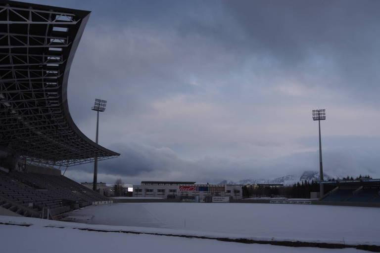 Com liga parada por causa da neve, Islândia vive dias difíceis após a Copa
