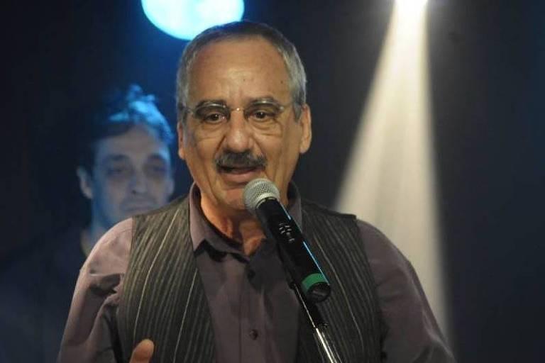 O cantor Ruy Faria, um dos fundadores do MPB4