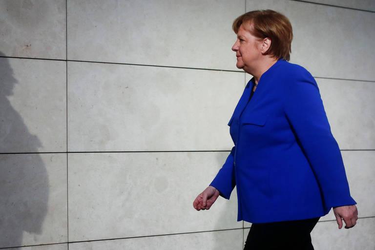 A chanceler alemã Angela Merkel na sede do SPD, em Berlim