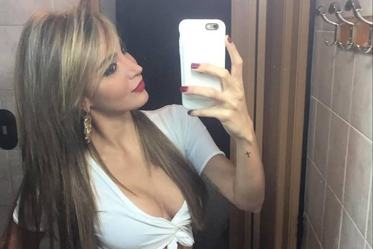 Daniela López Espinoza, Miss da Venezuela que virou meme ao viajar pelo mundo sem sair do banheiro