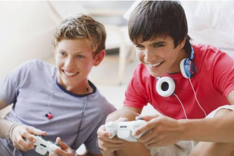 BBC: Vício em videogames já é considerado doença pela OMS