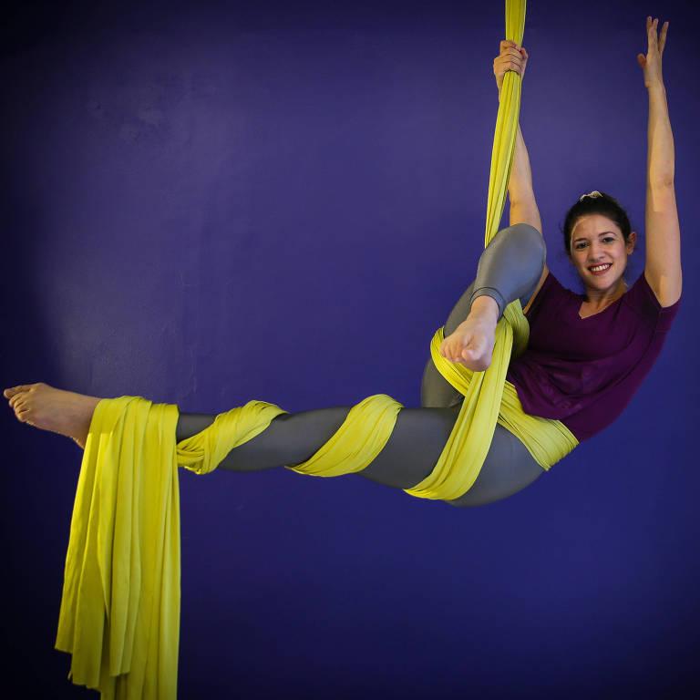 O Ballet Fly é uma mistura de balé e circo; a bailarina Letícia Marchetto criou o método ha três anos