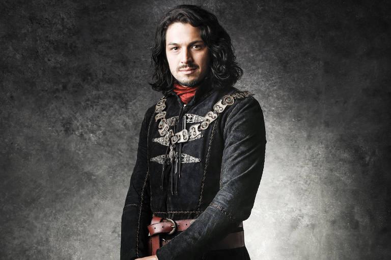 Afonso (Rômulo Estrela)