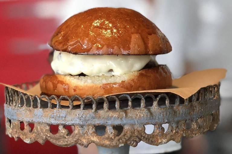 C6 Burger