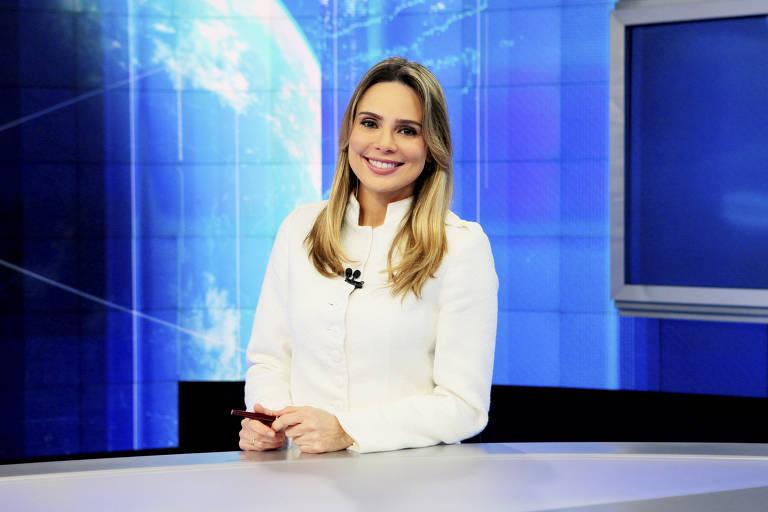 A apresentadora de TV Rachel Sheherazade, da emissora SBT