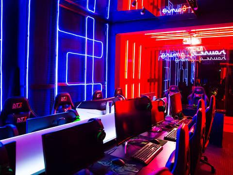 House of Gaming, espaço em Pinheiros com equipamentos profissionais para fãs de games jogarem de graça