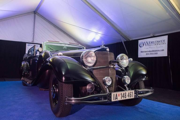Mercedes que teria sido usada por Hitler em casa de leilões no Arizona (EUA)