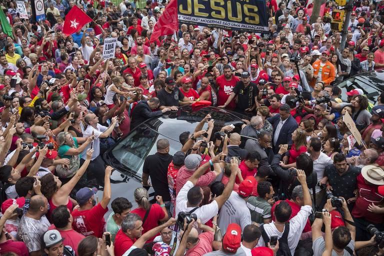 Manifestações em Porto Alegre pró Lula