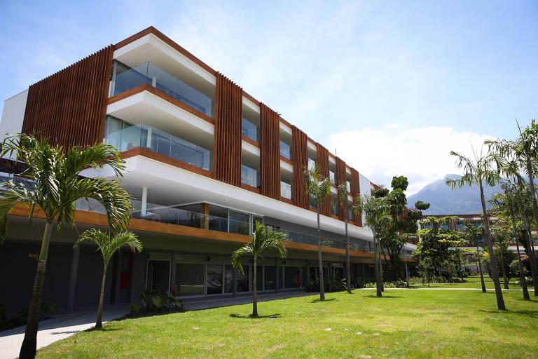 Fachada do hotel Fasano em Angra dos Reis (RJ) Zanone Fraissat/Folhapress