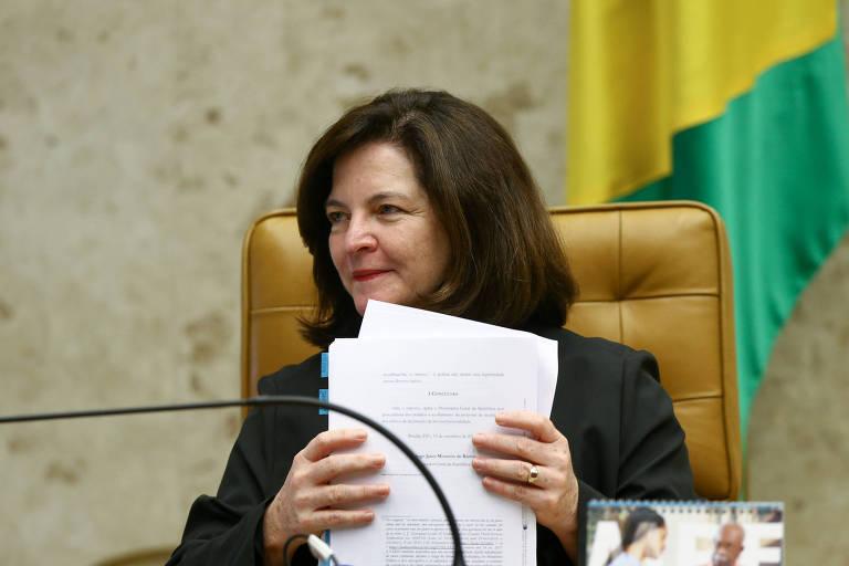 A procuradora-geral Raquel Dodge participa de sessão plenária do STF que discute a possibilidade de assembleias legislativas derrubarem decisão judicial contra deputado estadual