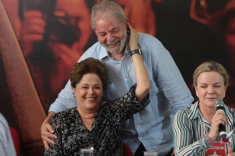 Ex-presidente Lula lança sua pré-candidatura em 25 de janeiro de 2018, ao lado da ex-presidente Dilma Rousseff e da presidente do PT, Gleisi Hoffmann