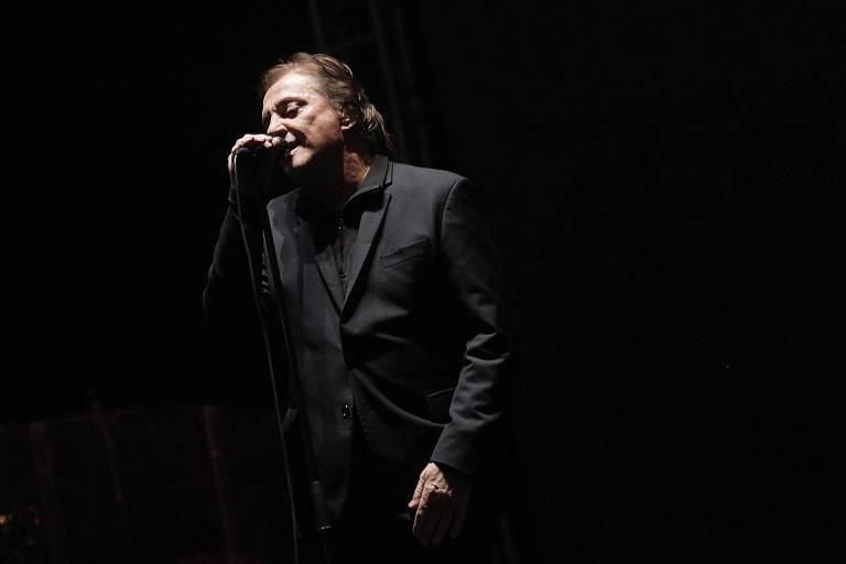 O cantor Fábio Jr. se apresenta neste sábado no Tom Brasil