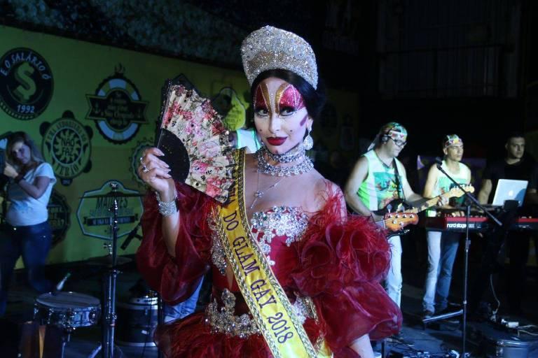 Sabrina Sato se veste de Isabelita dos Patins