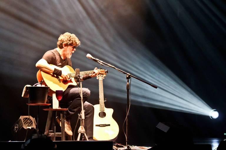 Branco Mello se apresenta nesta terça no Teatro Porto Seguro