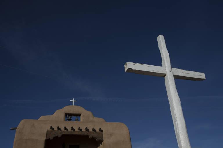 Igreja em Abiquiú, povoado no Novo México fundado pelos genízaros, onde tentam recuperar herança