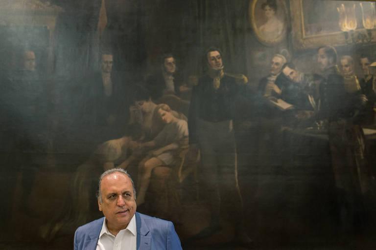 O governador do Rio de Janeiro, Luiz Fernando Pezão, durante entrevista no Palácio Guanabara, no Rio de Janeiro