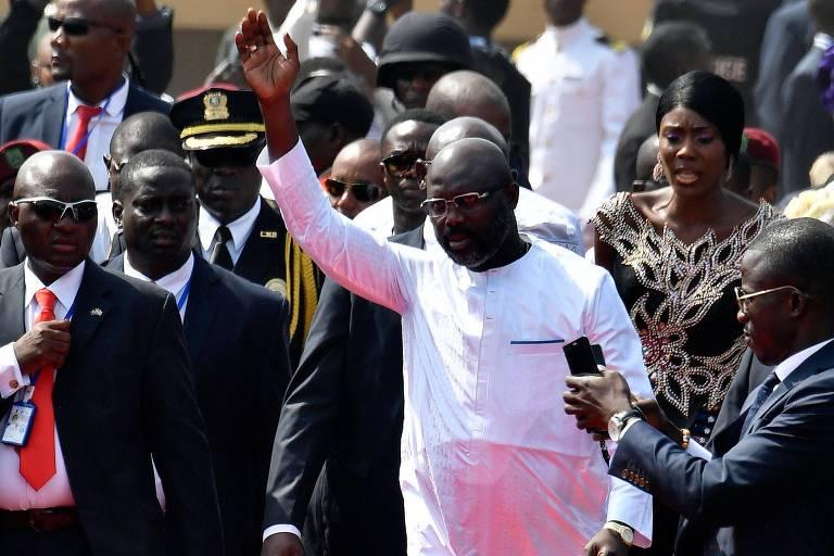 George Weah chega para a sua cerimônia de posse como presidente da Libéria na capital Monróvia