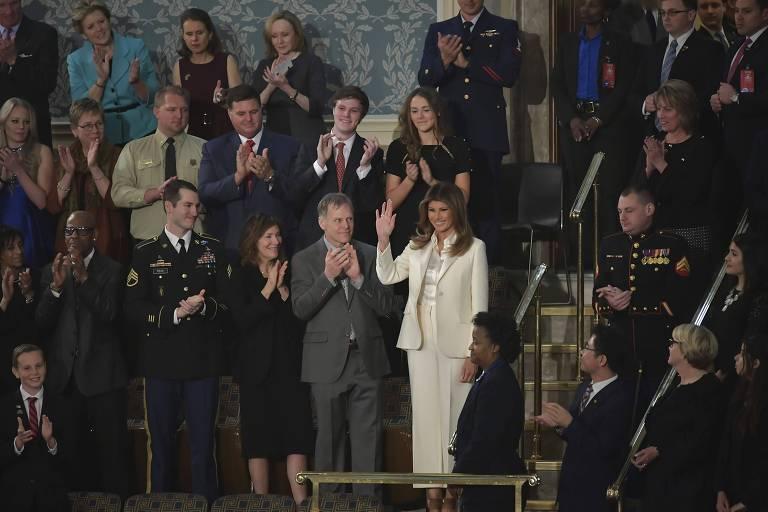 Melania Trump (de branco) durante o Discurso sobre o Estado da União, no Congresso dos EUA