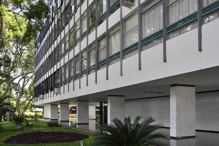 Fachada do prédio em que fica o apartamento do juiz José Coelho,  em Brasília