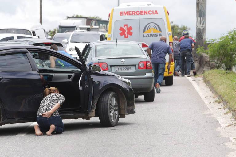 Tiroteio interdita uma das principais vias do RJ; veja vídeo